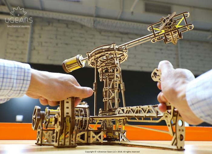 Puzzle 3D Model Aviator din lemn Ugears 16