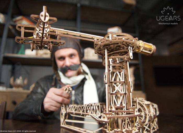 Puzzle 3D Model Aviator din lemn Ugears 7