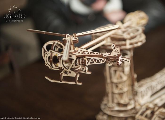 Puzzle 3D Model Aviator din lemn Ugears 13