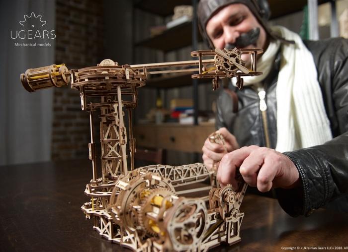 Puzzle 3D Model Aviator din lemn Ugears 2