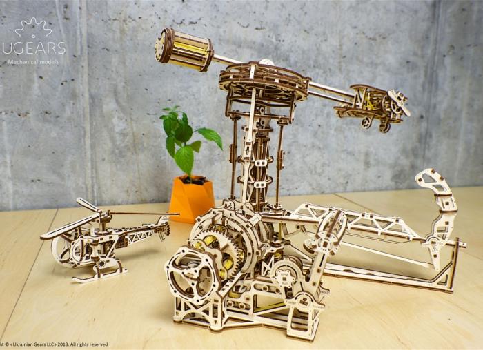 Puzzle 3D Model Aviator din lemn Ugears 19