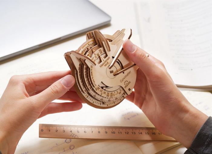 Puzzle 3D Model STEM Curbimetru din lemn Ugears 3