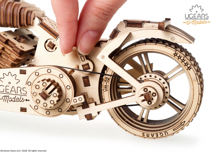 Puzzle 3D Motocicleta VM-02 din lemn Ugears 11