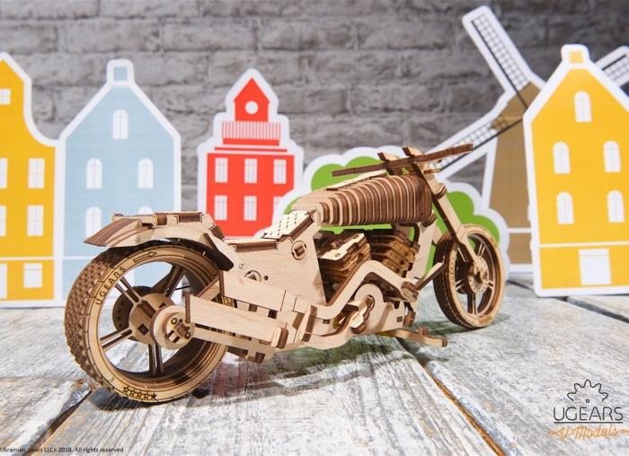 Puzzle 3D Motocicleta VM-02 din lemn Ugears 8