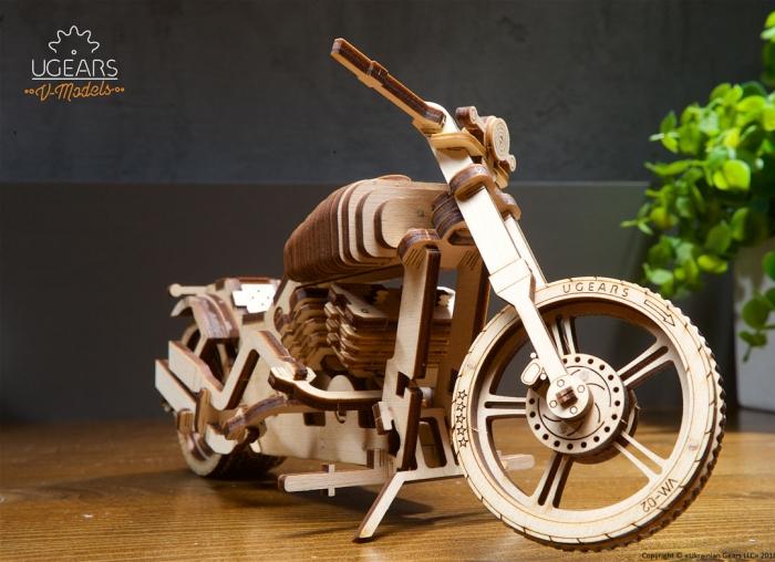 Puzzle 3D Motocicleta VM-02 din lemn Ugears 2