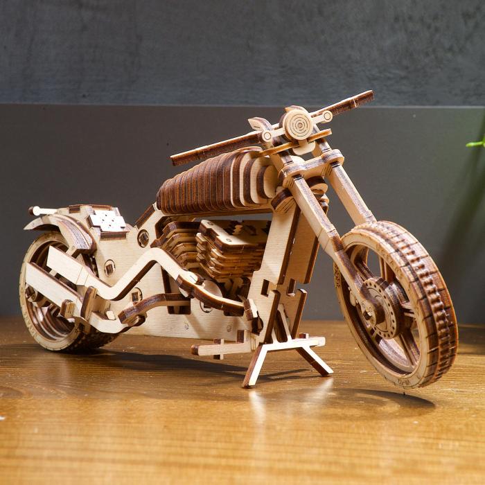 Puzzle 3D Motocicleta VM-02 din lemn Ugears 0