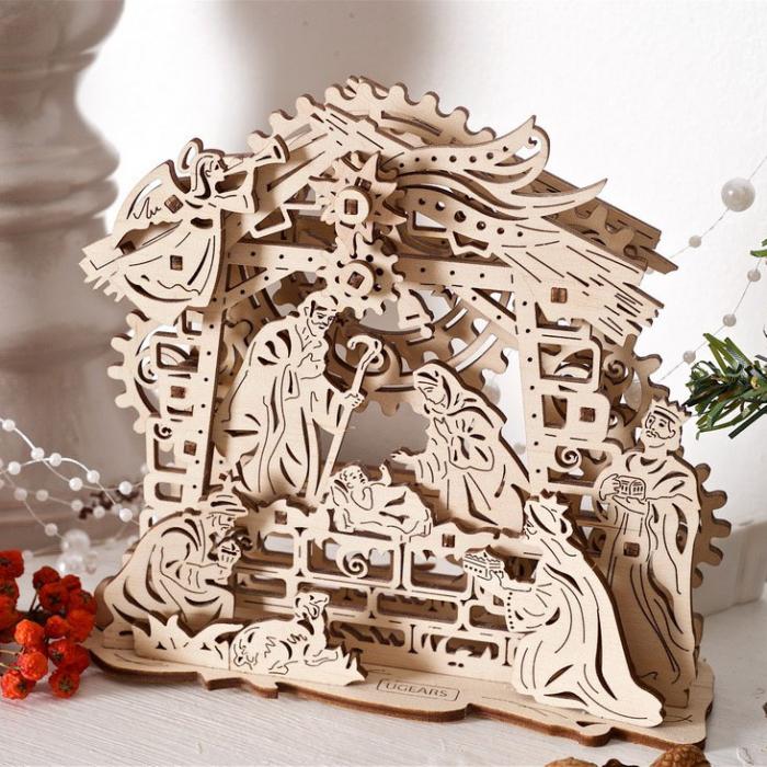 Puzzle 3D Nasterea Domnului, din lemn Ugears 0
