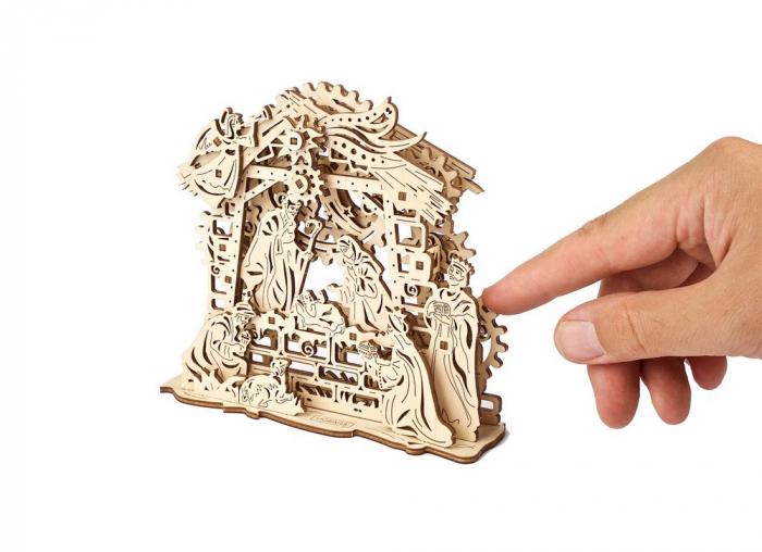 Puzzle 3D Nasterea Domnului, din lemn Ugears 3