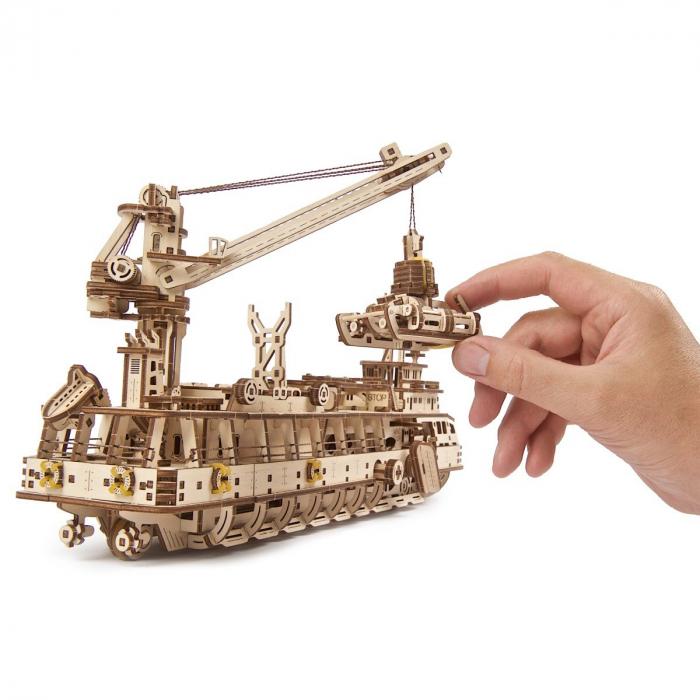 Puzzle 3D Nava de cercetare din lemn Ugears 10