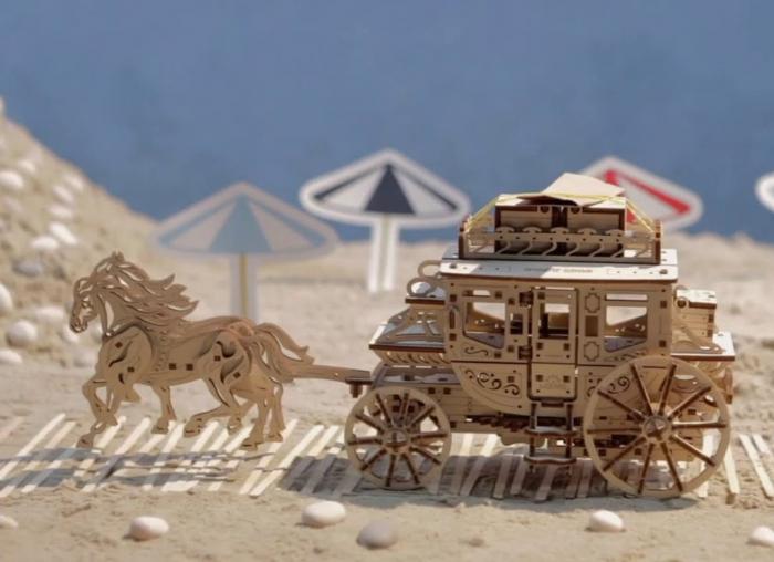 Puzzle 3D Trasura cu cai din lemn Ugears 6