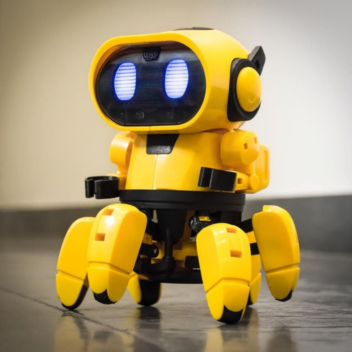 Robot interactiv Tobbie [0]