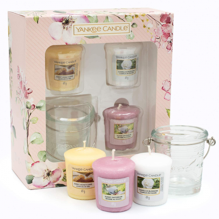 Set cadou 3 lumanari parfumate Yankee Candle Garden Hideaway 3