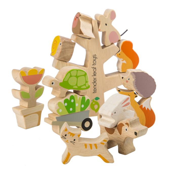 Set cadou jucarii din lemn Povestea din gradina, 16 piese 2