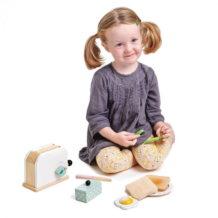 Set jucarii din lemn Prajitor de paine cu accesorii, 10 piese 1