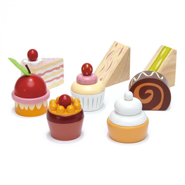Set jucarii din lemn Stand cu prajiturele, Mini Chef, 9 piese 4