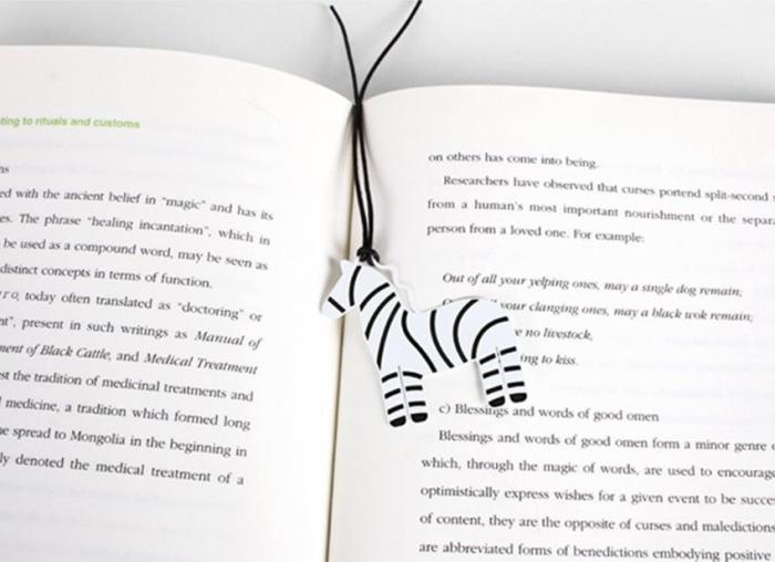 Semn de carte zebra 1