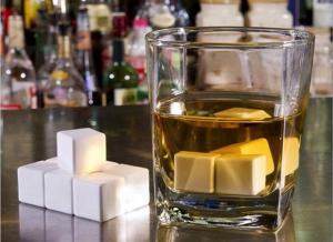 Cuburi Ceramica pentru Whiskey3
