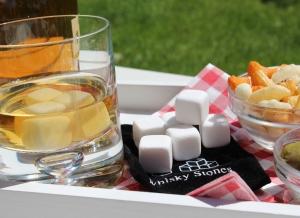 Cuburi Ceramica pentru Whiskey1