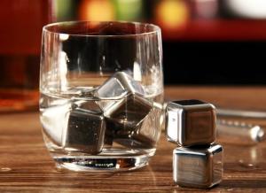 Cuburi din otel pentru whiskey1