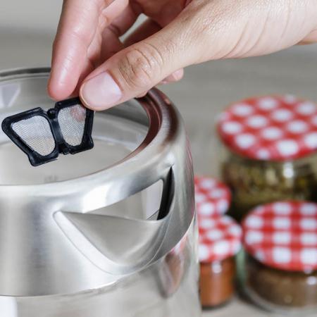 Fierbator apa cu filtru de ceai 1.7 litri3