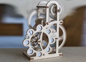 Puzzle 3D Dinamometru din Lemn Ugears2