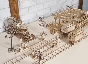 Puzzle 3D Gara din Lemn Ugears [2]