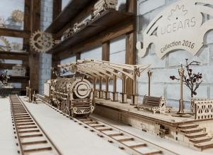 Puzzle 3D Locomotiva cu Aburi si Vagon din Lemn Ugears17