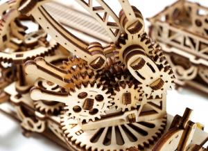 Puzzle 3D Macara pe Sine din Lemn Ugears18