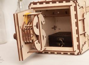 Puzzle 3D Seif din Lemn Ugears12
