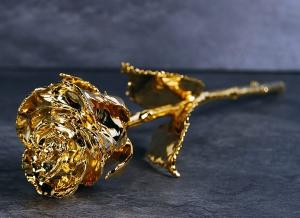 Trandafir placat cu aur de 24K0