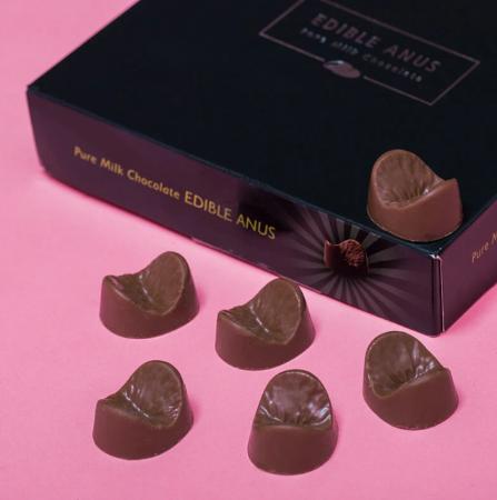 Ciocolata Anus comestibil1