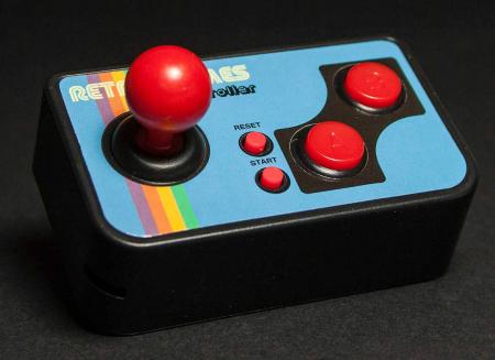 Consola de jocuri vintage, ultra-portabila1