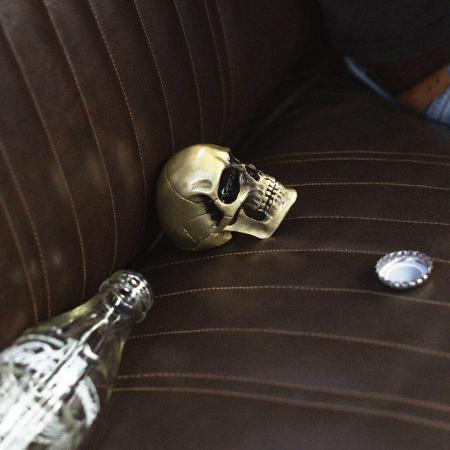 Desfacator de sticle Craniu2