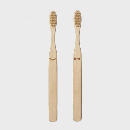 Doamna si papionul periute de dinti pentru cupluri4