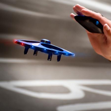 Drona UFO cu senzor de miscare0