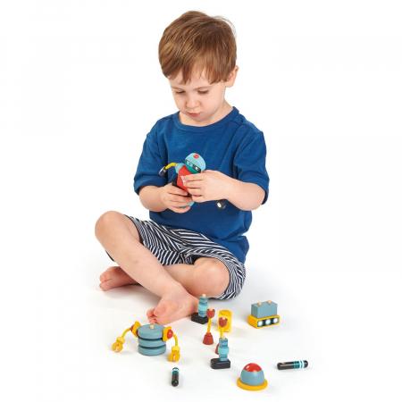 Joc de construit 3 Roboti Retro, lemn premium, 17 piese3