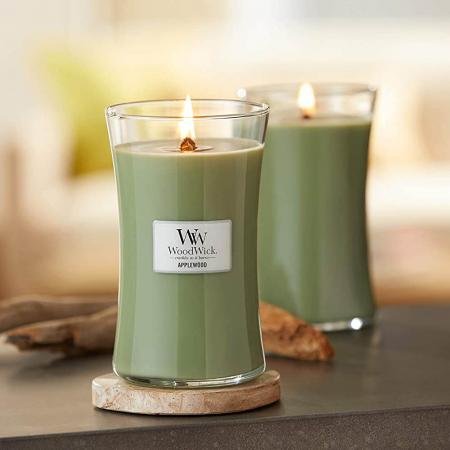 Lumanare parfumata Woodwick applewood Borcan mare0