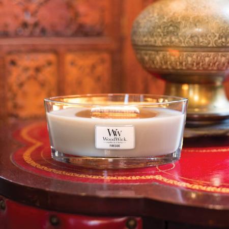 Lumanare parfumata Woodwick ellipse fireside2