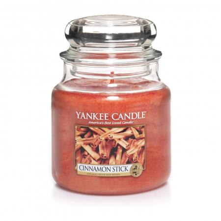 Lumanare parfumata Yankee Candle cinnamon stick Borcan mediu1