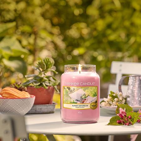 Lumanare parfumata Yankee Candle sunny daydream Borcan mare0