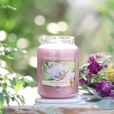 Lumanare parfumata Yankee Candle sunny daydream Borcan mare2