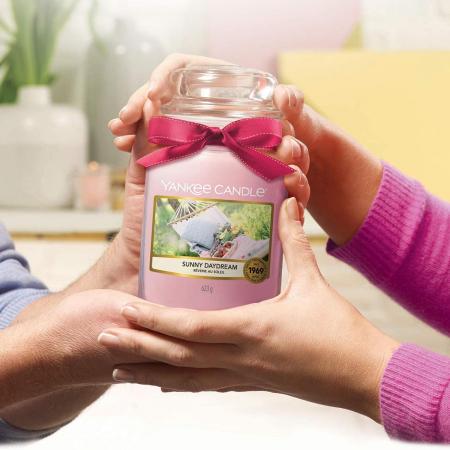 Lumanare parfumata Yankee Candle sunny daydream Borcan mare3