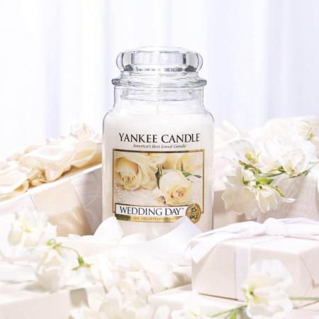 Lumanare parfumata Yankee Candle wedding day Borcan mediu0