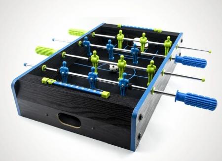 Masa de fotbal cu elemente neon0