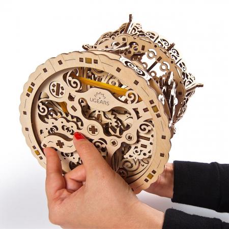 Puzzle 3D Carusel din lemn Ugears1