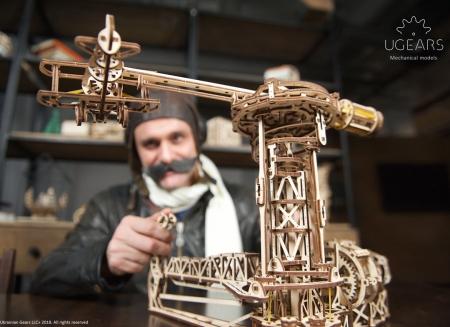 Puzzle 3D Model Aviator din lemn Ugears7