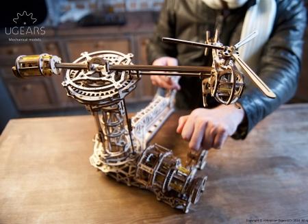 Puzzle 3D Model Aviator din lemn Ugears5