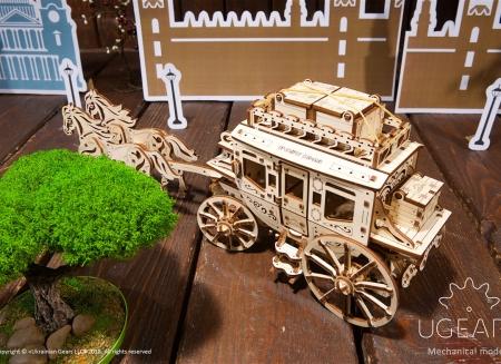 Puzzle 3D Trasura cu cai din lemn Ugears2