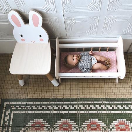 Scaunel din lemn pentru copii, Iepuras0