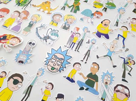 Set 100 stickere laptop Rick and Morty4